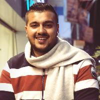 أحمد العزب
